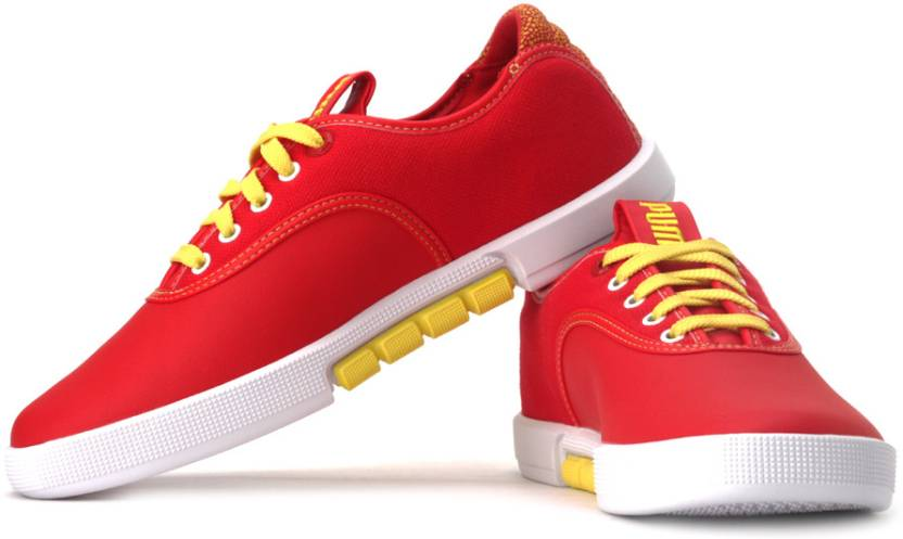e1b60a394a2b31 Puma Funist Lo Mat.St. Sneakers For Men - Buy High Risk Red