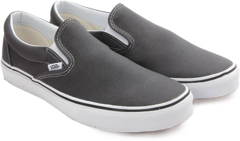 a444758e182174 Vans CLASSIC SLIP-ON Men Loafers For Men - Buy charcoal (canvas ...