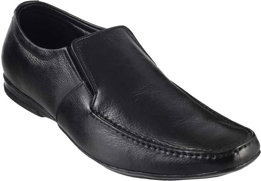 001ff3c830fa Metro Classic Slip On Shoes For Men - Buy 11