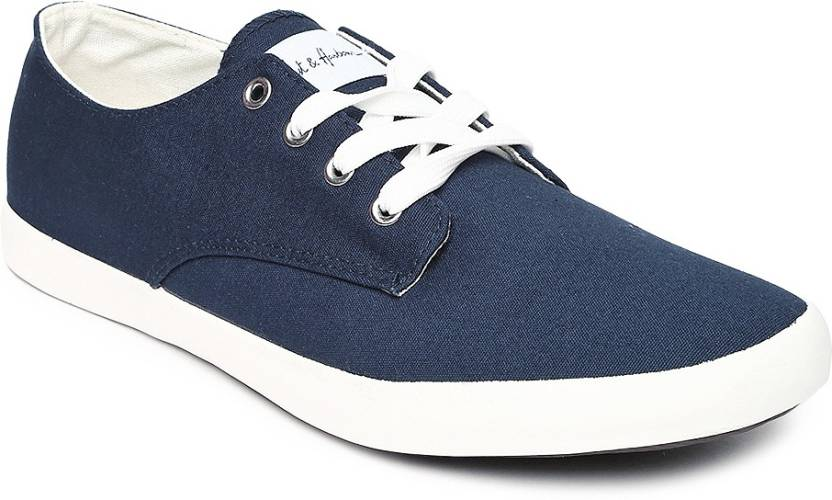 9f0685d30 Mast   Harbour Premium Casual Shoes For Men - Buy NAVY WHITE Color ...
