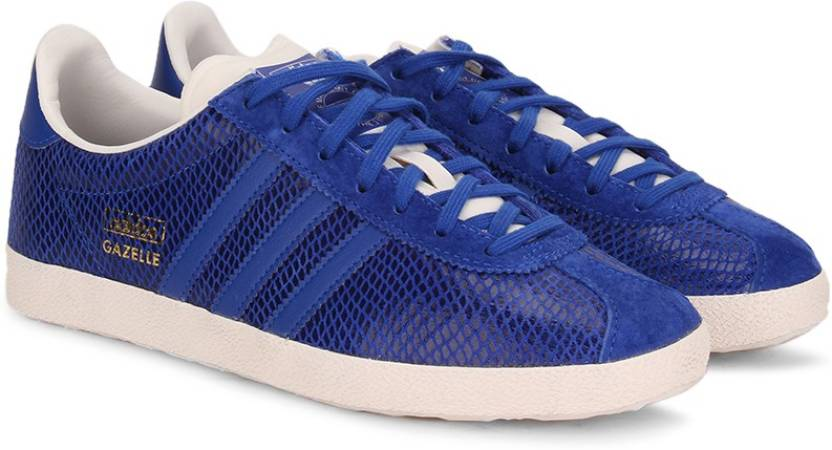 on sale a6ee0 ccdc2 ADIDAS GAZELLE OG W Sneakers For Women (Blue, White)