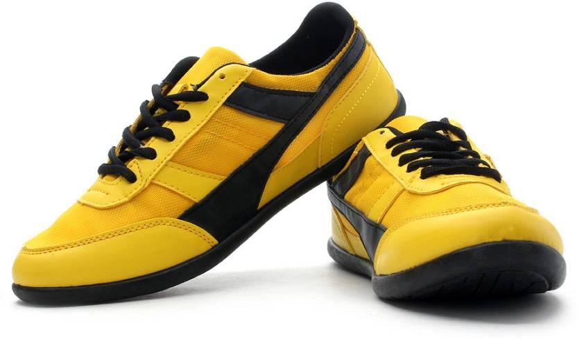 Globalite Wings Lightweight Walking Shoes