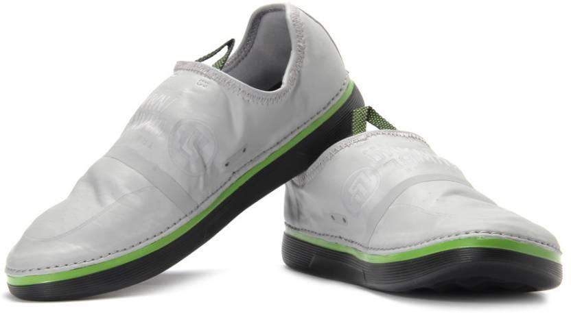 b9caef4ebb7a REEBOK R Crossfit Nanossage TR Training Shoes For Men - Buy Grey ...