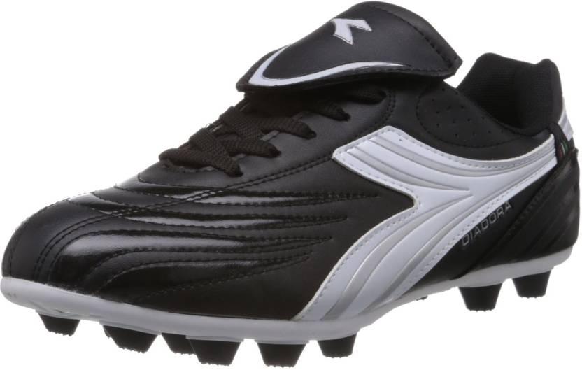 5391d16b5 Diadora Bambino Football Shoes For Men - Buy Black Color Diadora ...