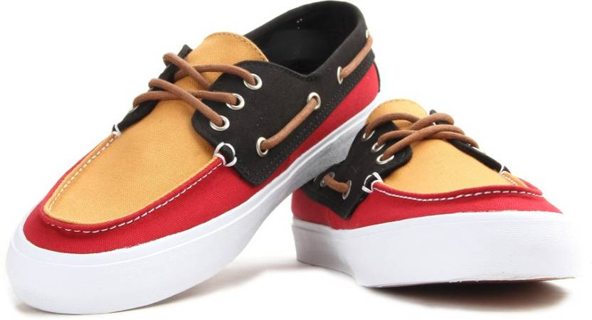 8774d9f36c1c88 Vans CHAUFFEUR SF Men Boat Shoes For Men - Buy (Tri Tone) rasta ...