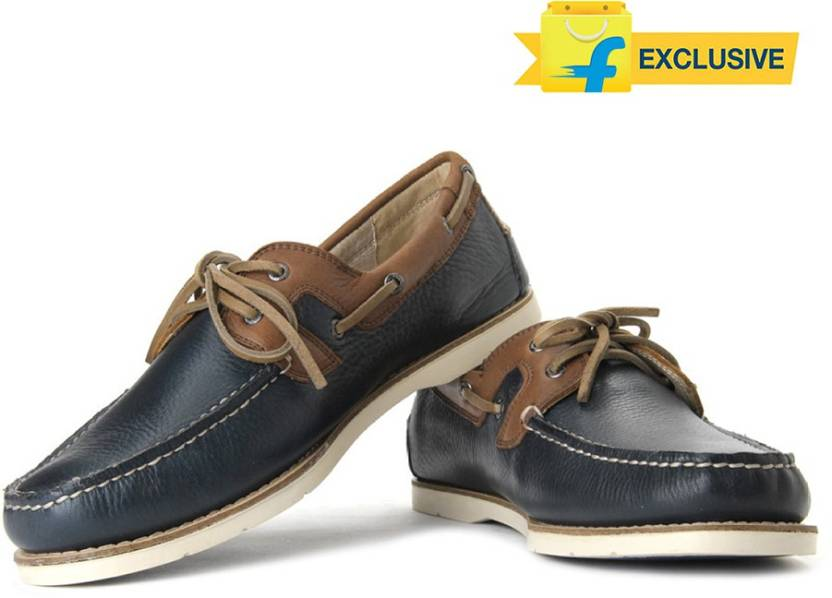 502d27a551c Johnston   Murphy Mayfield Two Eye Boat Shoes For Men - Buy Navy ...