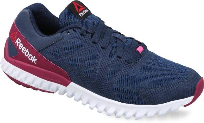 e7fc1bf9d5da REEBOK TWISTFORM BLAZE 2.0 MTM Running Shoes For Women - Buy NAVY ...