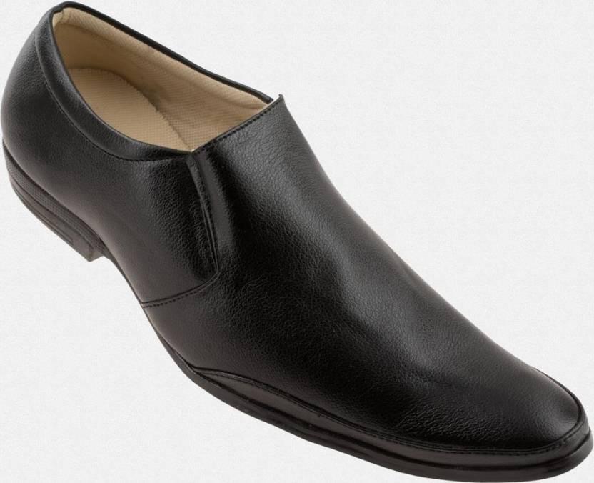 Zapatoz Black Office Slip On Shoes For Men
