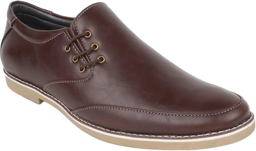 3d8e160714a2 Guava Slip On Shoes For Men - Buy 02