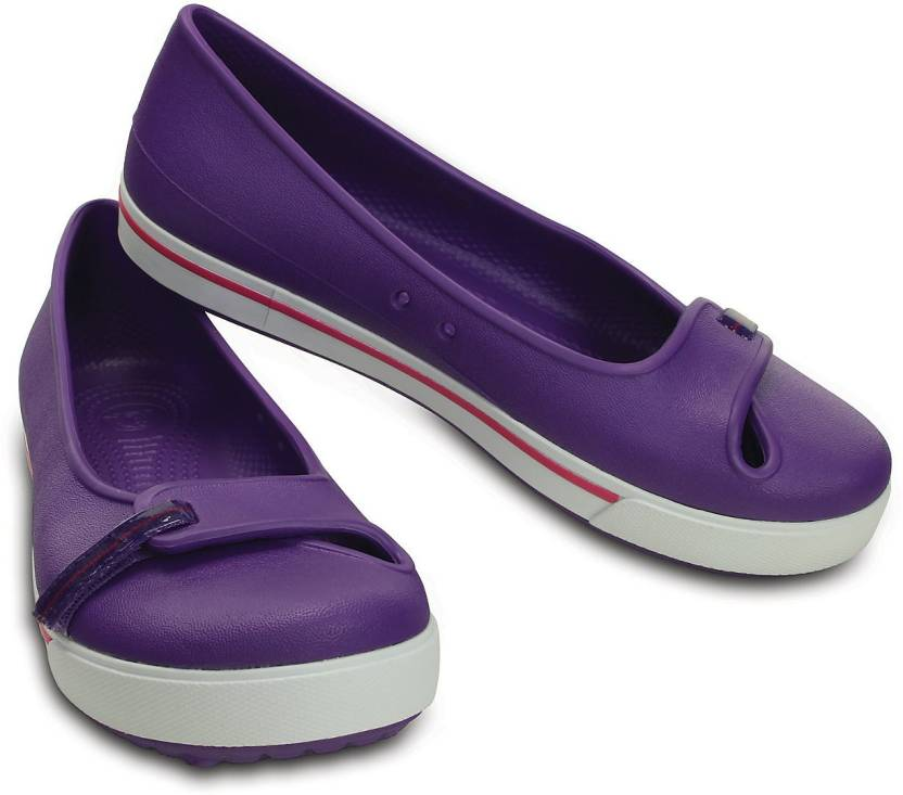 adc1f8b8140bce Crocs CROCBAND 2.5 FLAT Casuals For Women - Buy 12333-59X Color ...