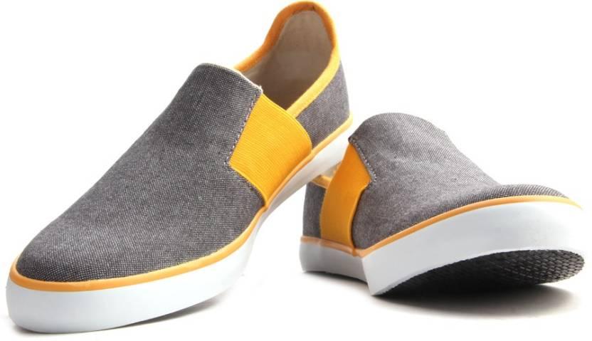 a47311493e8924 Puma Lazy Slip On II DP Men Canvas Shoes For Men - Buy asphalt ...