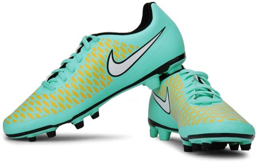 Online Shopping For Nike Football Shoes In India