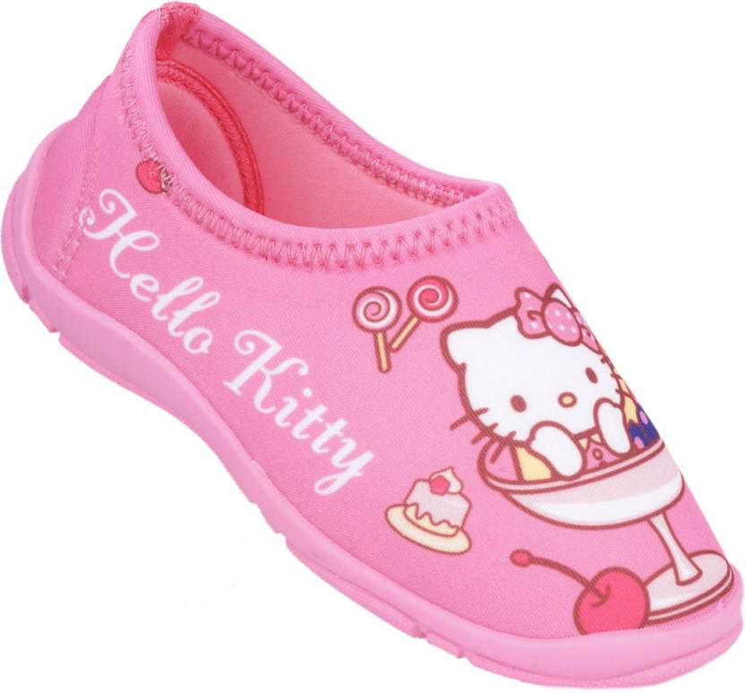 ccc10a1c4 Hello Kitty Girls Price in India - Buy Hello Kitty Girls online at  Flipkart.com