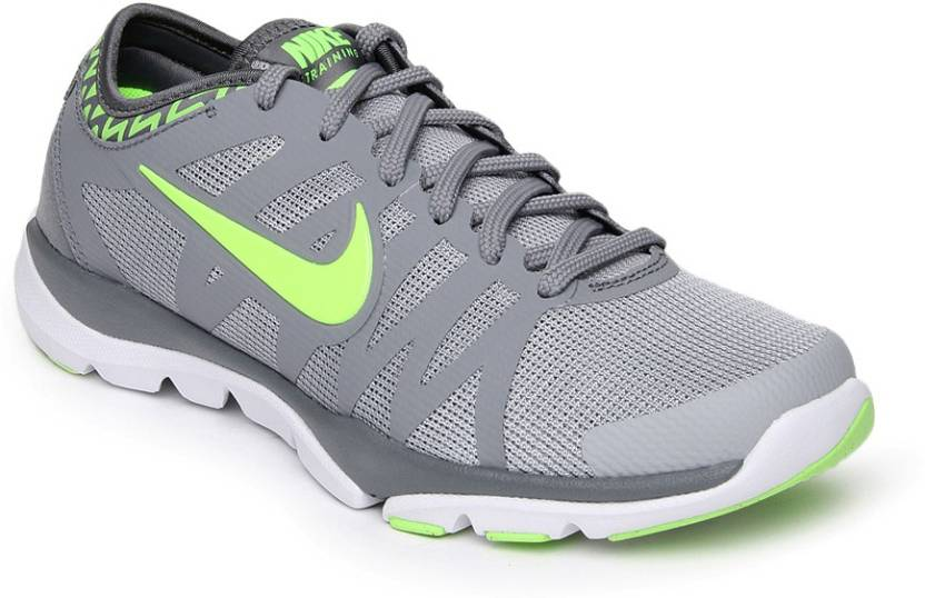 9b70414e156f3 Nike Wmns Flex Supreme Tr 3 Training   Gym Shoes For Women - Buy ...
