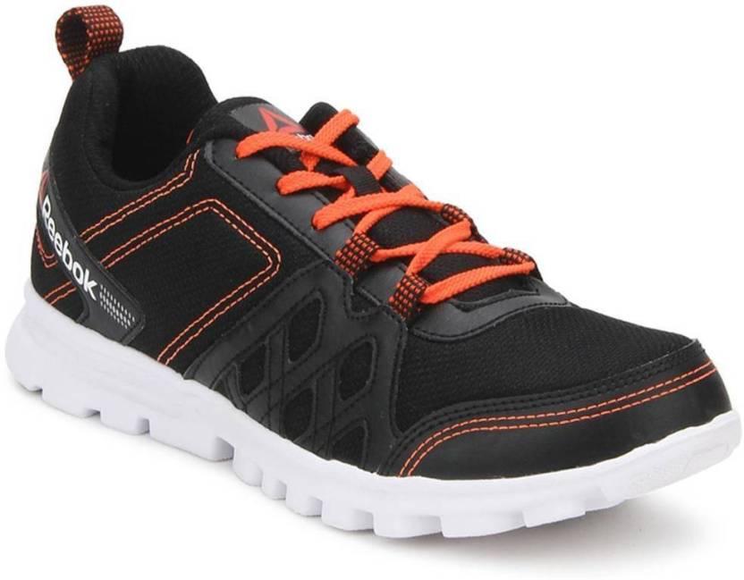 6f5337e058c REEBOK RUN FUSION Running Shoes For Men - Buy Black Color REEBOK RUN ...
