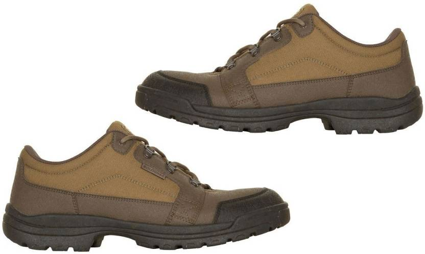 18fe77105b669 Solognac by Decathlon Land 100 Low Hiking & Trekking Shoes For Men (Green)