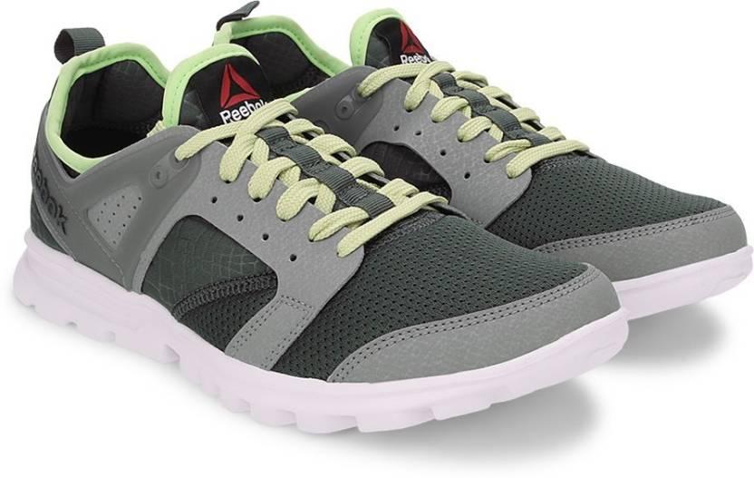 c65458104e19 REEBOK AMAZE RUN Running Shoes For Men (Multicolor)