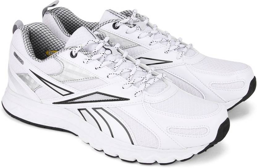 c491ad7849987 REEBOK ACCIOMAX 6.0 Running Shoes For Men - Buy WHITE MET SILVER ...