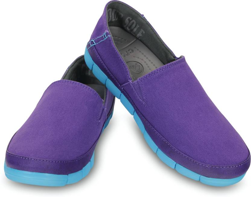 0a3ec30a211224 Crocs Slip On Sneakers For Women - Buy Ultraviolet Electric Blue ...