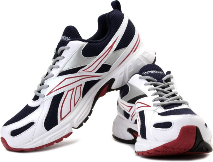 8b25cc35665d REEBOK Acciomax III Lp Running Shoes For Men - Buy White