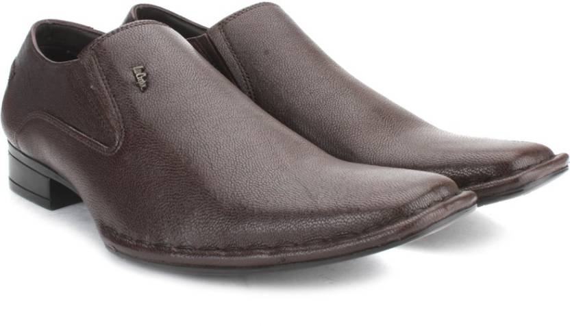 5b7fdc828a5 Lee Cooper Men Genuine Leather Slip On Shoes For Men - Buy BROWN P1 ...