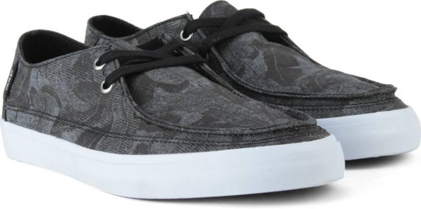Vans RATA VULC SF Men Sneakers For Men - Buy (Chambray Leaves) black ... b9b728118