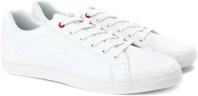 5d7577fe18d United Colors of Benetton 16A8NOVLFW52I Sneakers For Men - Buy WHITE ...