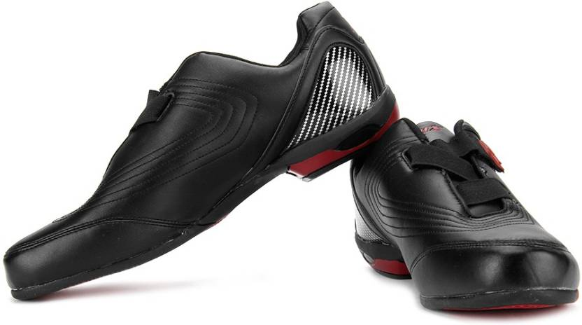 Sparx SM-77 Sneakers For Men(Black, Red)
