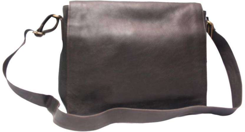 Chanter 13 inch Laptop Messenger Bag Black - 05 - Price in India ... dcf7862f7d742