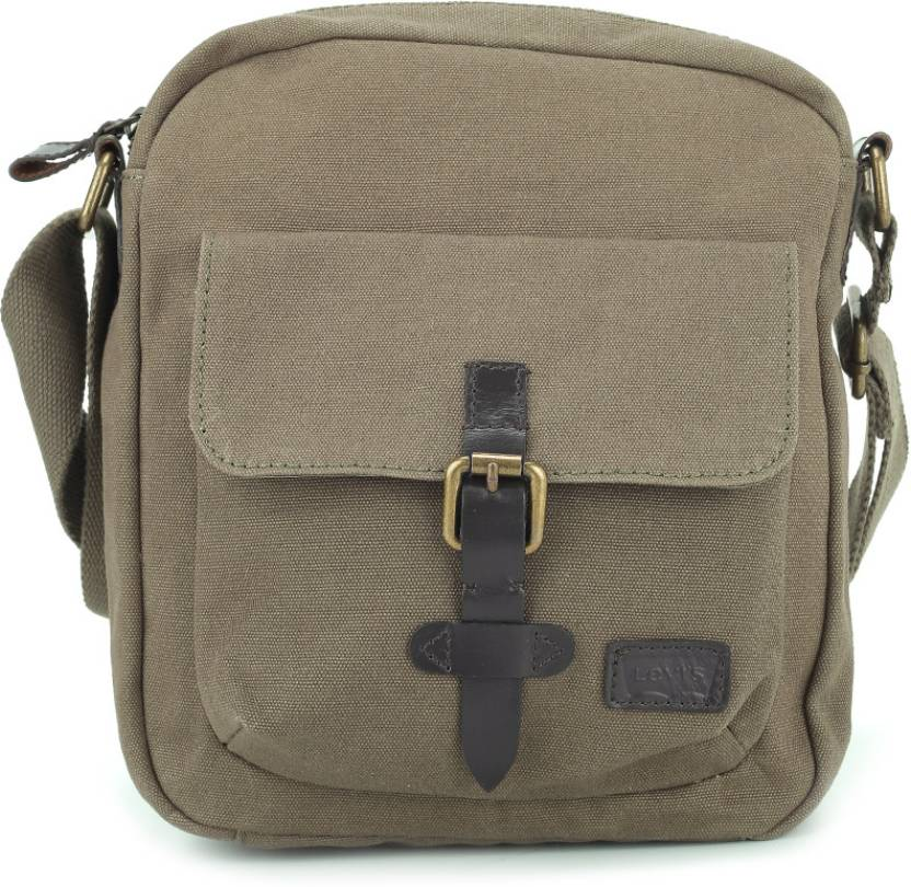 a4ed4bddc2b Levi s Men Casual Khaki Messenger Bag Khaki - Price in India ...
