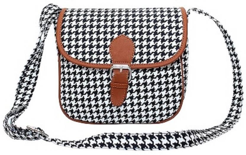 300d2c33c135b Lychee Bags Women Casual Black PU Sling Bag Black - Price in India    Flipkart.com