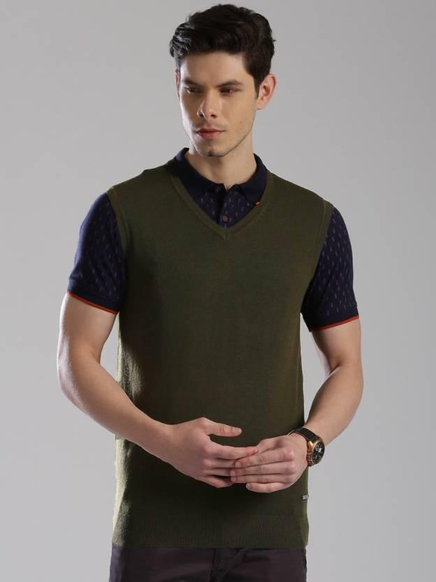 HRX by Hrithik Roshan Solid V-neck Casual Men Dark Green Sweater