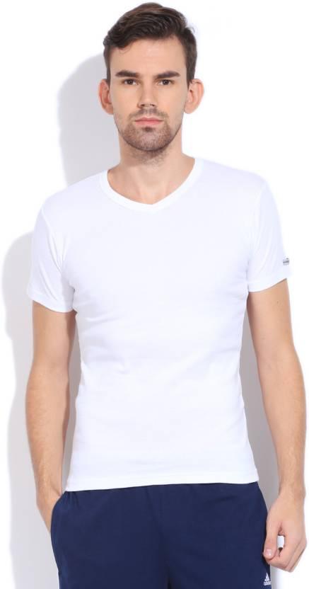 2f28de3a3b6108 Macroman Solid Men's Round Neck White T-Shirt - Buy WHITE Macroman Solid  Men's Round Neck White T-Shirt Online at Best Prices in India | Flipkart.com