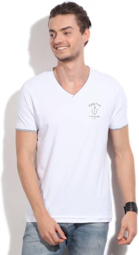 c0e9e867af5 Flying Machine Solid Men s V-neck White T-Shirt - Buy WHITE Flying Machine  Solid Men s V-neck White T-Shirt Online at Best Prices in India