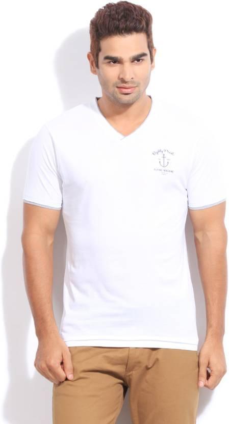 c76a3962035 Flying Machine Solid Men s V-neck White T-Shirt - Buy White Flying ...