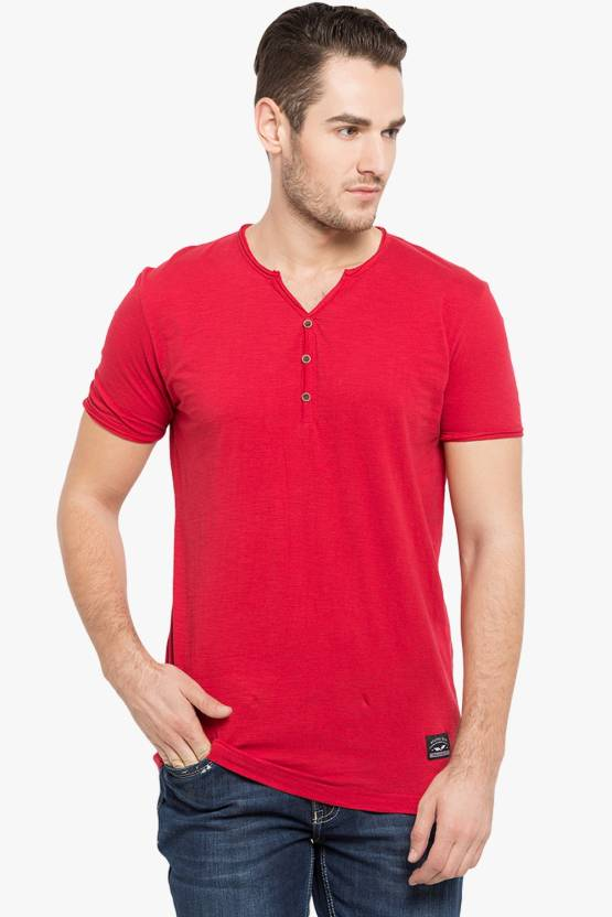 a0c6cb19c3d2 Status Quo Solid Men's V-neck Red T-Shirt - Buy B.CHERRY Status Quo Solid  Men's V-neck Red T-Shirt Online at Best Prices in India | Flipkart.com