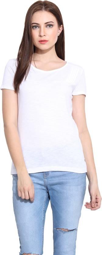 2f5da537bab060 Hook & Eye Casual Short Sleeve Solid Women's White Top - Buy Hook ...