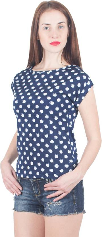 Women`s Clothing!! Under Rs.299 On Sarees,Tops By Flipkart