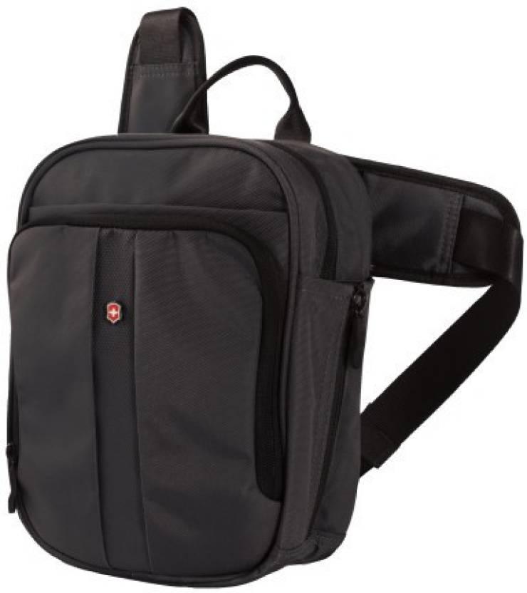 def7015f38f0 Victorinox Vertical Deluxe Travel Companion Waist Pack