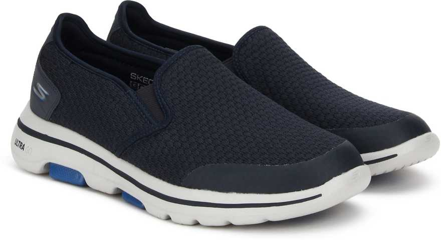 60% Off on Skechers Sports Shoes For Men Starts from Rs. 1549